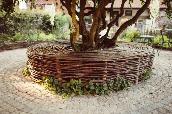Kastanienholz zäune und garten design   staketenzaun aus kastanienholz