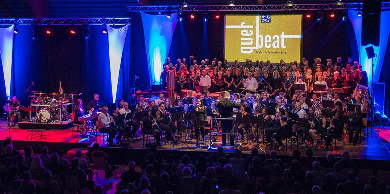 Finale mit allen Akteuren ... ♫ music was my first love, and it will be my last ♫ ... Gänsehaut