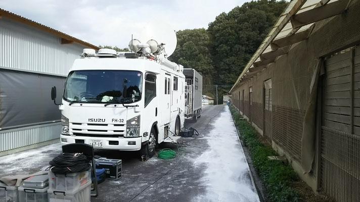 中継車(NHK)