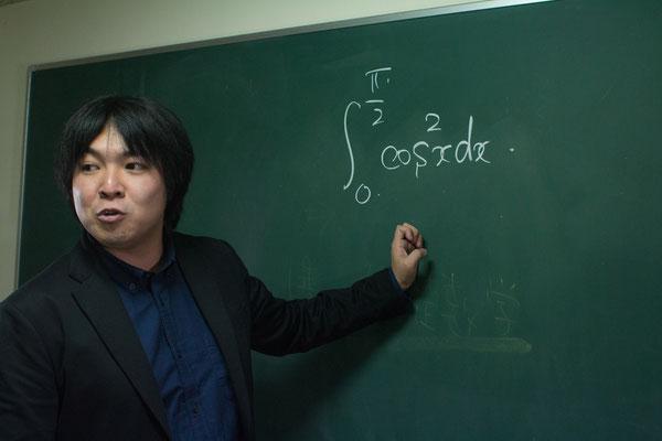 高専映像塾ナレッジスター講師プロフィール写真