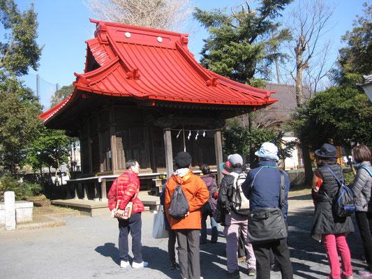 今宿神明社で説明を聞く