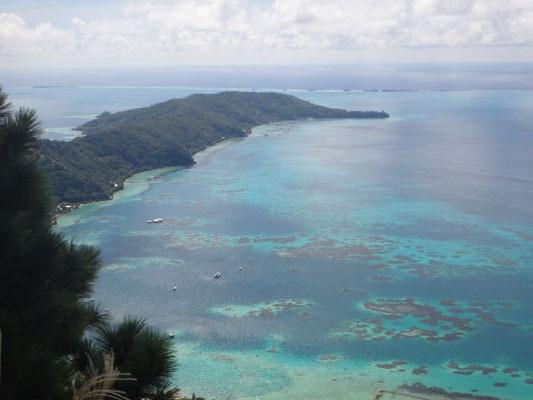 Die Gambier sind einige Inseln umgeben von einem Riff