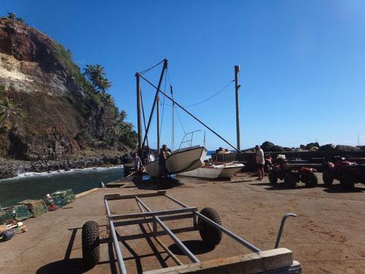 Für die kleinen Boote, die gleich aus dem Wasser gehoben werden