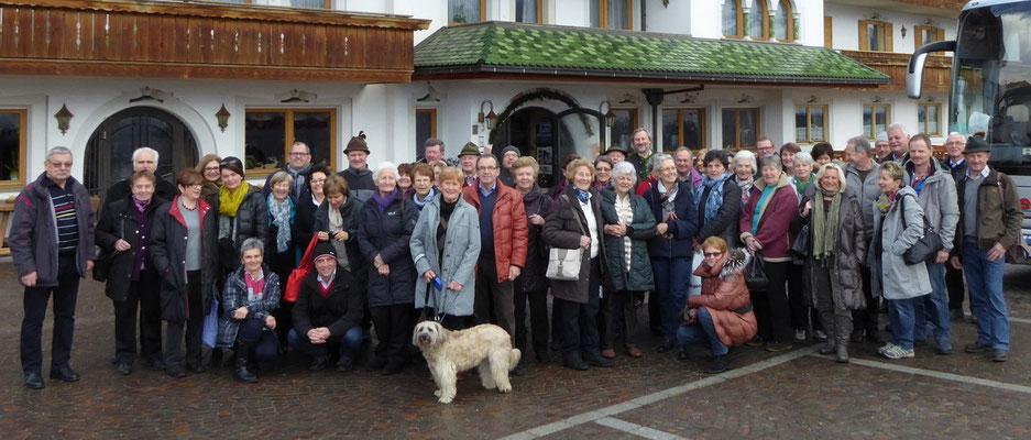 Reisegruppe des Kripperlvereins Bad Goisern