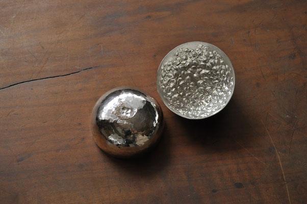 紫陽花 サイズ:5.5x5.5cm  素材:silver1000(純銀)