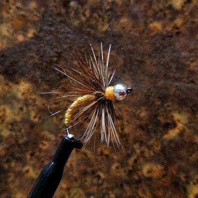 Tenkara Kurs in Deutschland / Fliegenfischen mit Tenkara-Fliegen