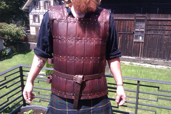 Lederbrigantine aus drei Lagen Leder. Nachbildung der Rüstung von William Wallace aus Braveheart