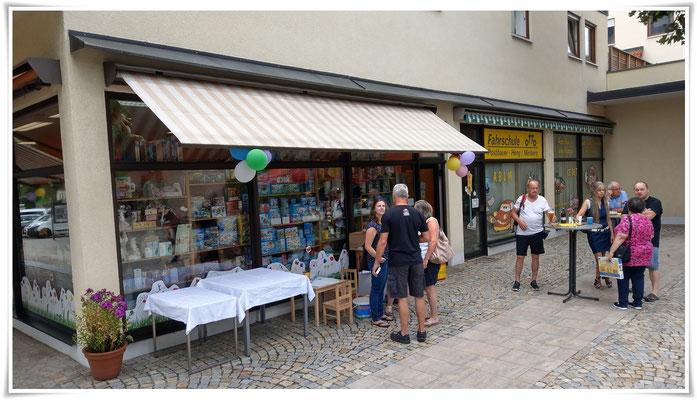 Neueröffnung der Villa Kunterbunt im Centrum Postbauer-Heng