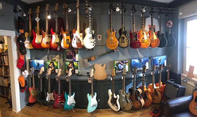 E Gitarren, Electric Guitars, Akustikgitarren, Westerngitarren
