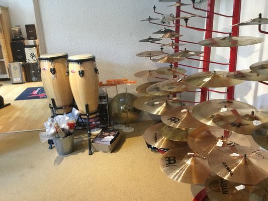 Percussion, Congas, Crashbecken