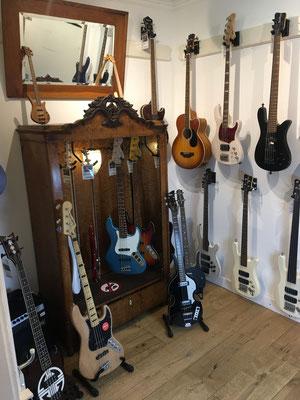 Bassguitars, Bassgitarren