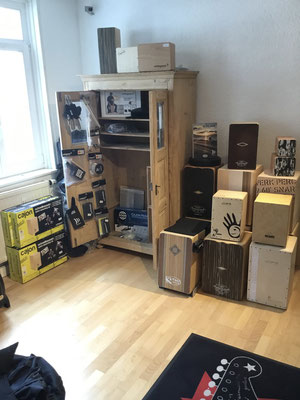 Kajon, Kachon, Cajon, Zachen, Rhytmus-Box, Schlagbox, Drumkiste, Schlagzeugkiste, Cajons - made in Germany Schlagwerk Cajon, Leiva, Pepote, Stairway to Heaven, 75365 Calw Fabiani Guitars