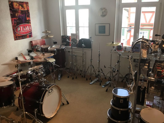 Drumsets und Zubehör für Schlagzeuger,  Drummer, Cymbals, Schlagzeugbecken,Crashbecken, Musik Fabiani Guitars, 75365 Calw, Nagold, Herrenberg, Leonberg, Stuttgart, Tübingen, Rottweil