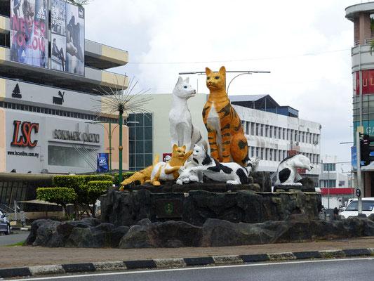 Katzen in Kuching