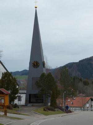 Kirche im Ortsteil Steibis