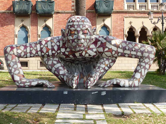 .... Skulpturen und