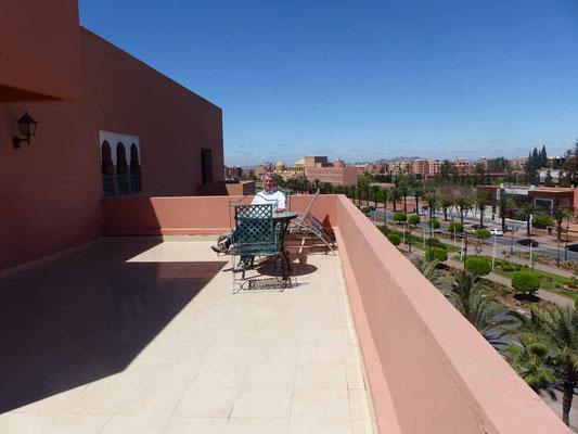 Unsere riesengroße Terrasse