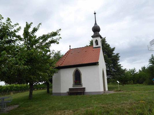Die kleine Kapelle vor Lindach