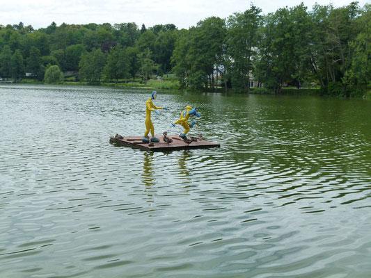 Daran anschließend der See