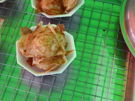 Eine Kokosflocken Köstlichkeit, ein Beutelchen für 30 Cent