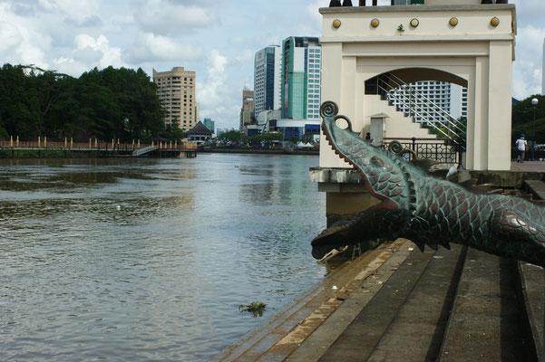 Am Fluss Sarawak