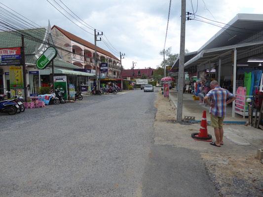 Geschäfte und Lokale rund um unser Hotel