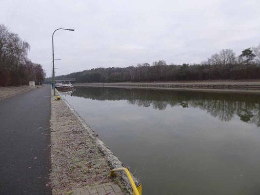 ..... liegt direkt am Elbe-Seitenkanal