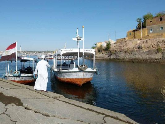 Boote zur Insel