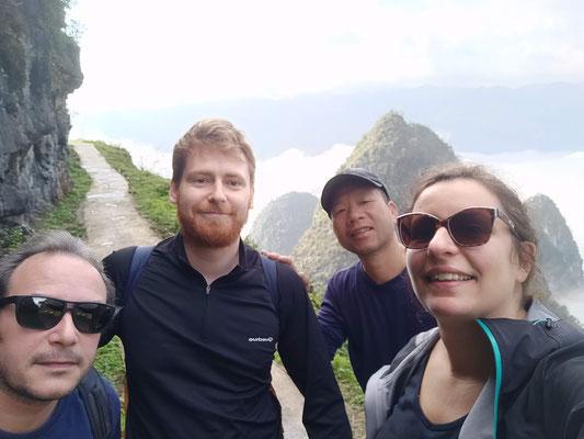 Pause selfie au sommet du col