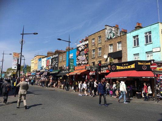 Camden High Street - Shoppen bis zum Umfallen