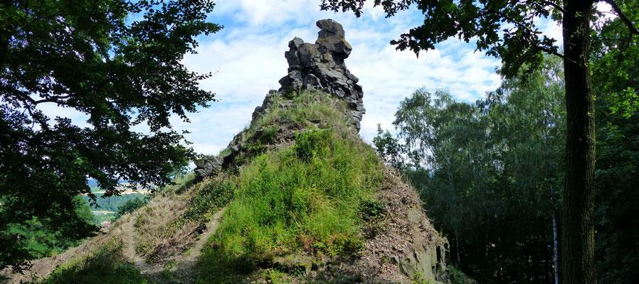 Gipfelklippe am Káčov