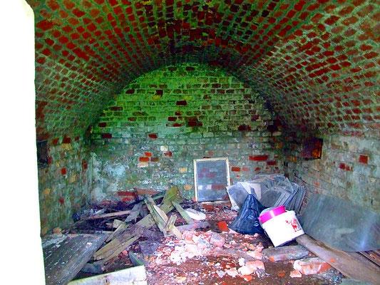 Gewölbe am ehemaligen Kalkwerk. (1)