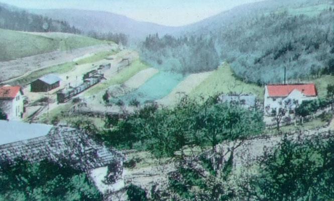 Eigens zur Beförderung von Kalksteinen und Branntkalk erhielt der kleine Ort Podol einen Bahnanschluss.