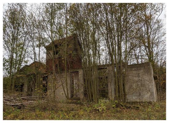 Ruine des Maschinenhauses am Schacht Martenberg