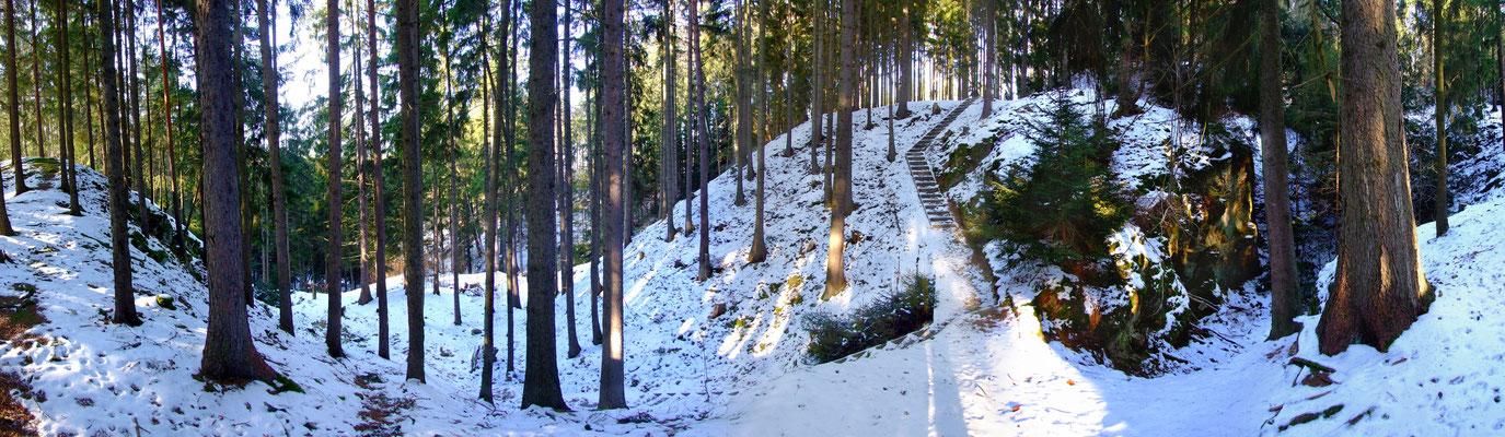 Blick in die Große Pinge unterhalb des Wenzel-Schachts.