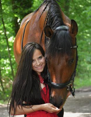 Markenbotschafterin Kramer Pferdesport Eva
