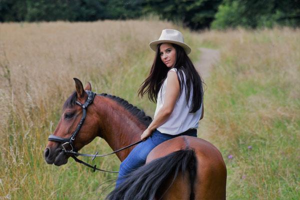 Markenbotschafterin Kramer Pferdesport Eva und Unesco