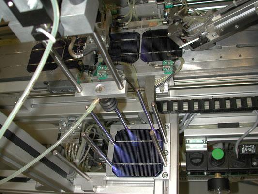 Solarmodulproduktion in Deutschland für Solarmodule verscheidener Größe, Spannung (Volt), Stromstärken (Ampere), Leistung (Watt) und Anwendungen.