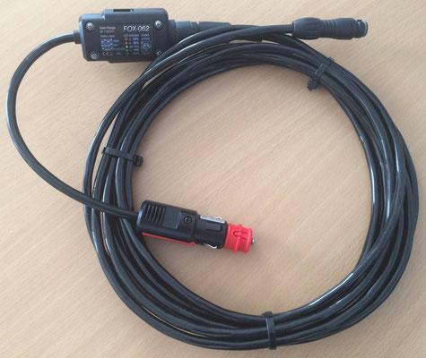 Passendes Kabel mit integrierten Laderegeler und Anschluss an das Fahrzeug (Zigarettenanzünderoder 12V Steckdose). Einfach Anschluss ohne Schrauben und Montage. Stets flexibel!
