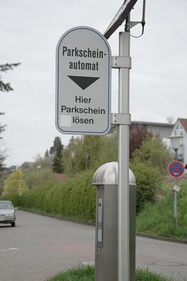 Parkscheinautomaten, Parktickets für Parkplätze (Parkingplace) in der Stadt und überall wo kein Stromanschluss ist mit Solarstrom und Solarmodulen von Solara
