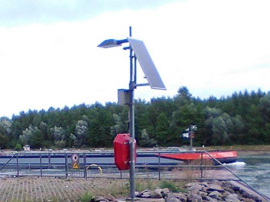 Solarmodul für die Beleuchtung am Rhein - Zuverlässig Strom für Staßenlampen auch an abgelgenen Orten dieser Welt mit SOLARA!