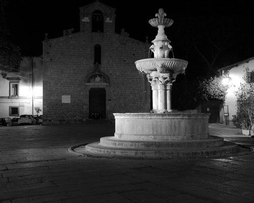 Viterbo-Piazza del Gesù