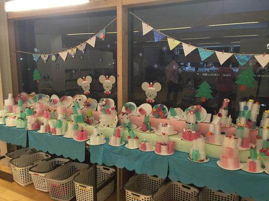 幼稚園児たちが作ってくれた飾りたち。
