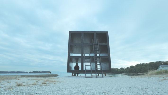 『おひるねハウス』。佐久島でもっとも有名なアート作品かもしれません。『名探偵コナン』にも登場したそうですよ。