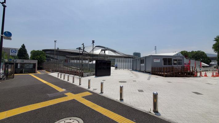 卓球が行われる東京体育館。