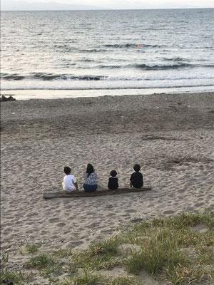 夏休み終わり 新潟角田浜(関東工場)