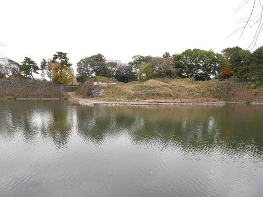加藤清正らが名古屋城築城普請助役として工事を行った石垣。