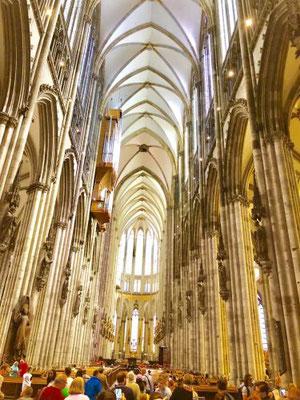 ケルン大聖堂身廊