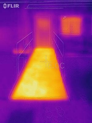 Serviceramp med inbyggd värme (Flir)