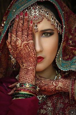 henné-peinture-corporelle-inde.jpg
